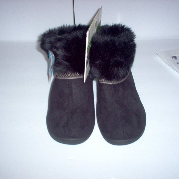 isotoner slippers, Size 9.5-10, (1) pr. left, Blk.